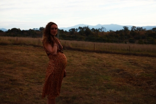 Pregnancy-photography-canberra-natural-woman-tuli-king-photography