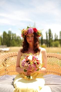 lilygrace-flowers-tuli-king-photography-hippie-bride-bridesmaid