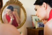 red-dress-pin-up-elegant-makeup