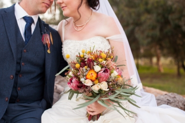 bride-and-groom-bouquet