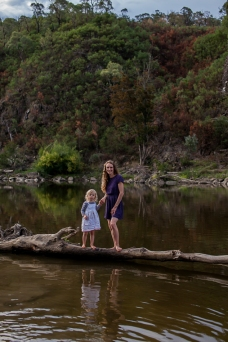 mother-and-daughter-in-nature