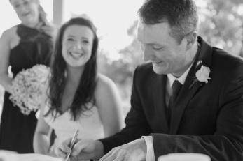 Young-nsw-wedding-photographer-40