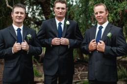 Young-nsw-wedding-photographer-58